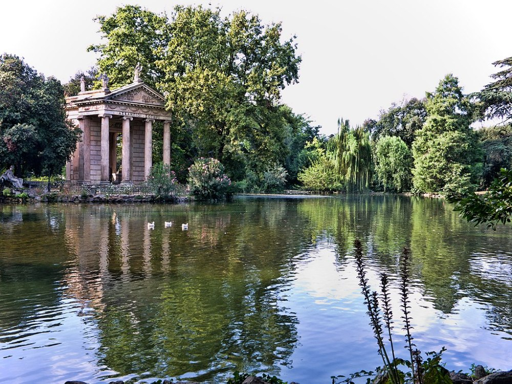1024px-Rome-VillaBorghese-TempleEsculape