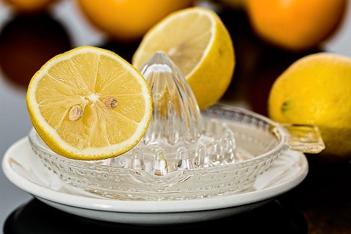 lemon-squeezer-609273__340